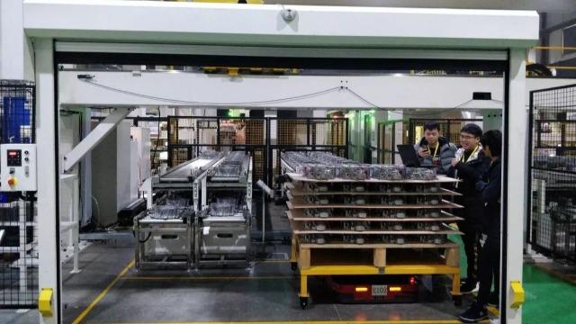 AGV厂家揭秘影响agv智能搬运车的成本因素