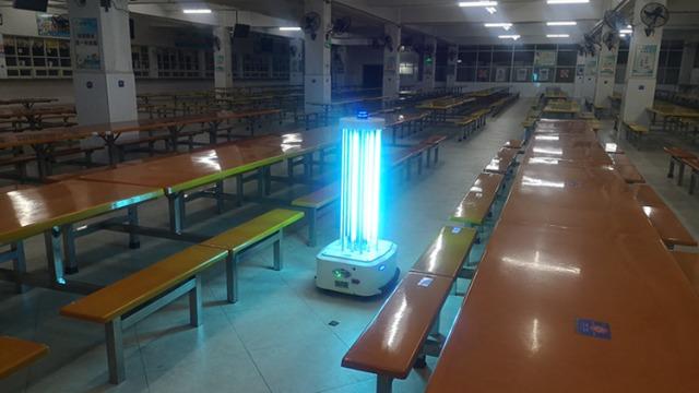 医院使用紫外线消毒机器人的优点
